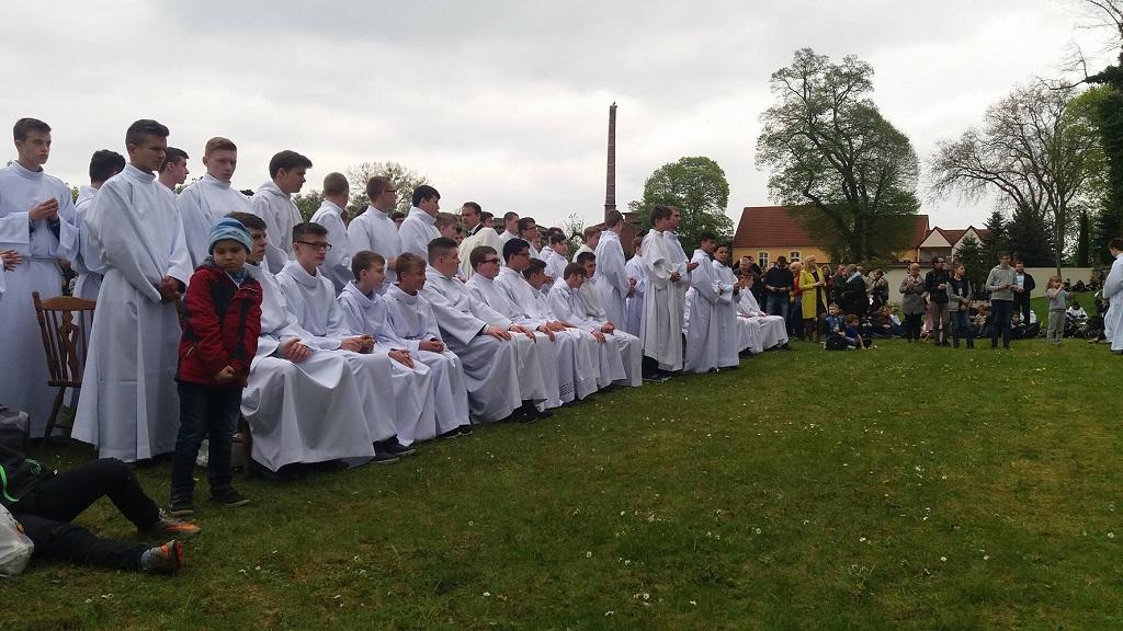 Pielgrzymka ministrantów i lektorów do Wyższego Seminarium Duchownego w Paradyżu i promocja lektorska.